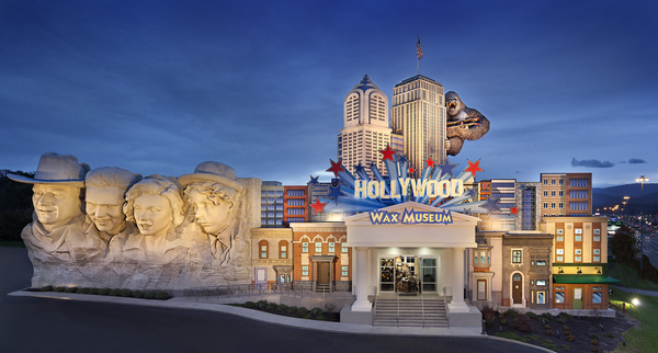 photo_hwmpf_exterior-wax-museum-mount-hollywood_2015-11-18