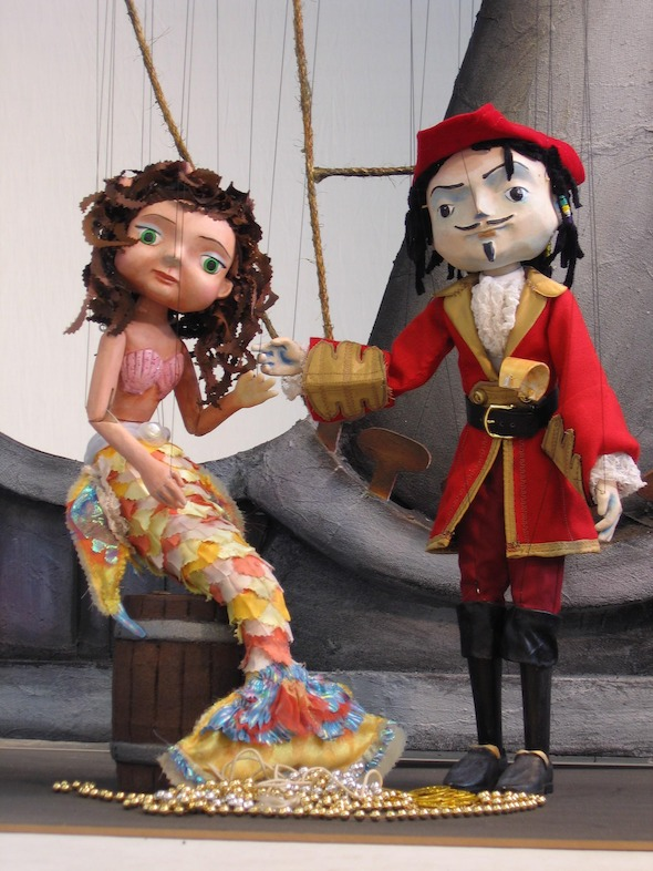 PirateMermaid--_credit-Center-for-Puppetry-Arts_ (1)